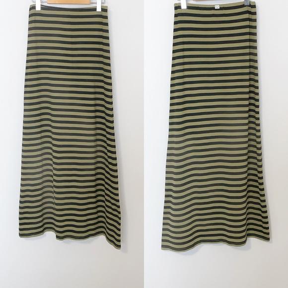 Billabong Grn/Blk Striped Maxi Skirts - Small